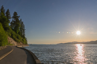 The beautiful Seawall, with one part for walkers and joggers and one for cyclists and skaters