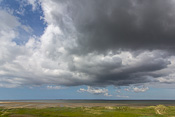 Impressive clouds at low tide