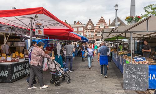 The market in Dordrecht