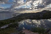 The small lake near the top of Ørnfløya