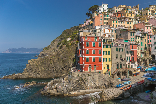 The colourful houses of Riomaggiore