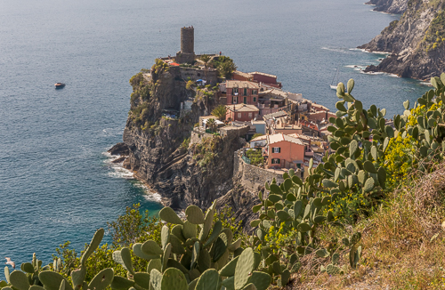 Our first view of Vernazza - spectacular!
