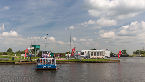 The bike ferry Jan Hop
