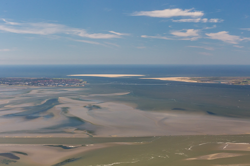 Den Helder on the left, Texel on the right