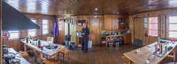 Panorama of the living room at Unna Allakas - we occupied the table on the left, and the two Swedish men took the table on the right :)