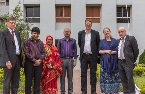 And another one with the whole Norwegian team. Second from left is Rashid, the project manager from the Bangladesh side, my counterpart