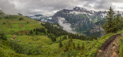 Cloudy day on the hike from Mürren to Griesalp
