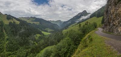 The Hongrin Valley.