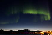 With an exposure time of only 5 seconds, you can see the structure of the aurora much better