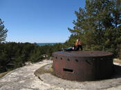 Me sitting on top of the big bunker, we could actually hear the guide speaking down below us :D